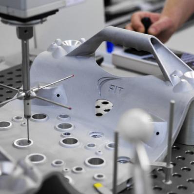 Wie 3D-Druck die Arbeitsbedingungen im Flugzeugbau verbessert